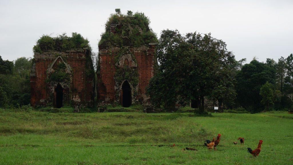 Temples Cham Chien Dan à côté de Tam Ky