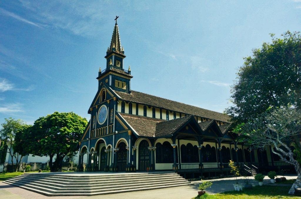 La cathédrale de Kon Tum