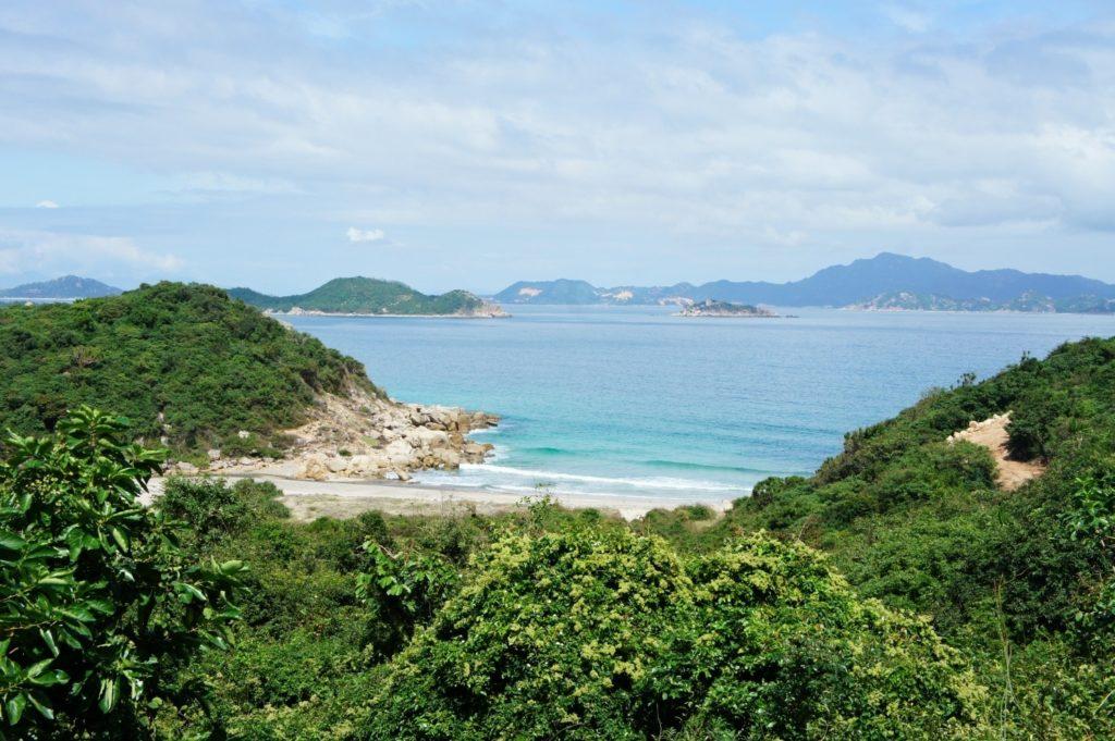 chemin de Binh Tien à la baie de Vinh Hy