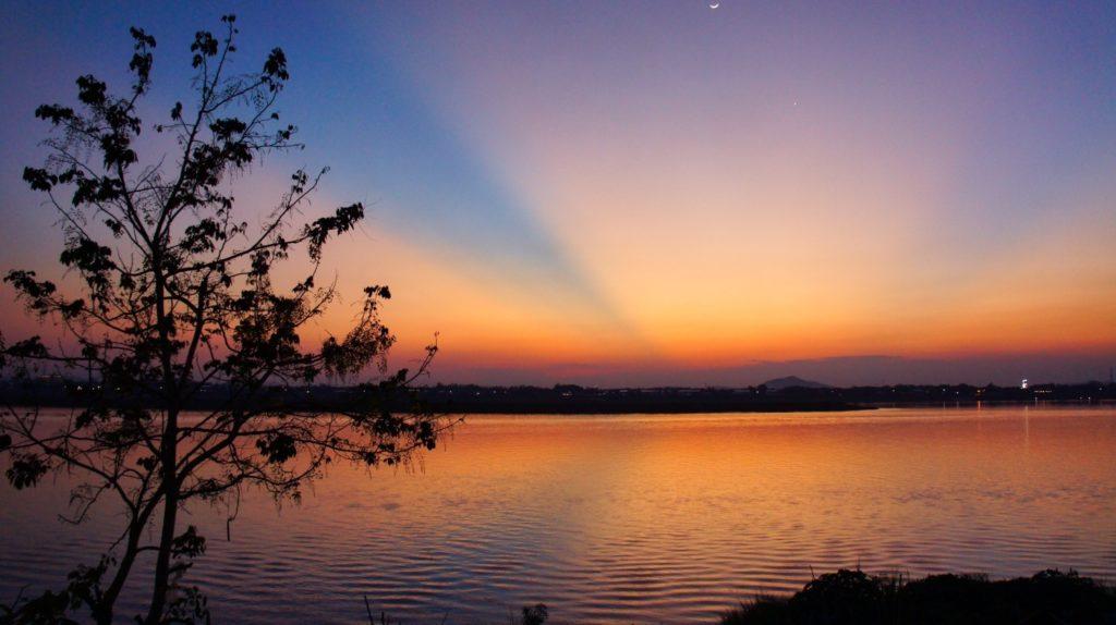 Coucher de soleil sur le Mekong depuis Savannakhet