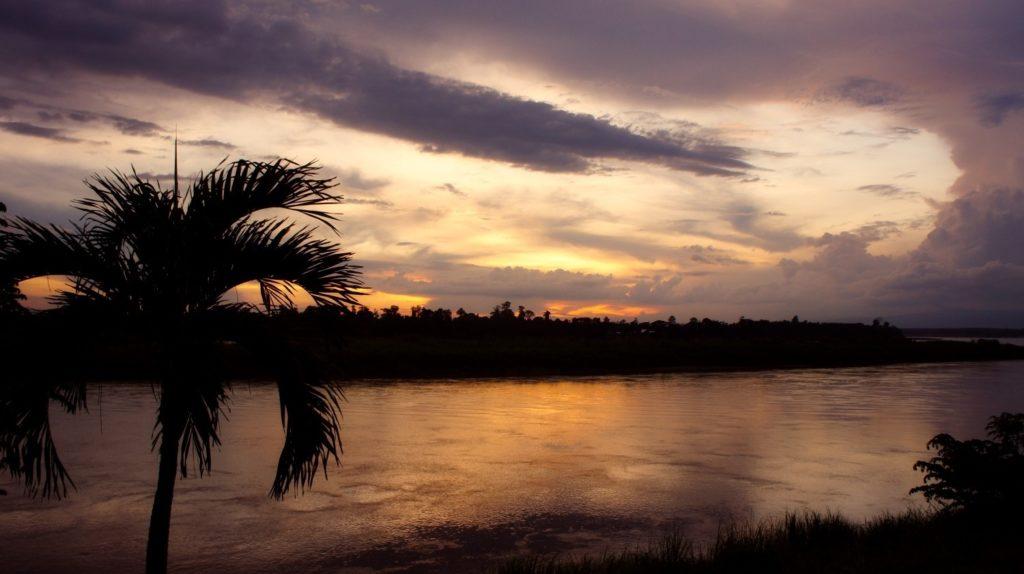 Coucher de soleil sur le Mékong en Thaïlande