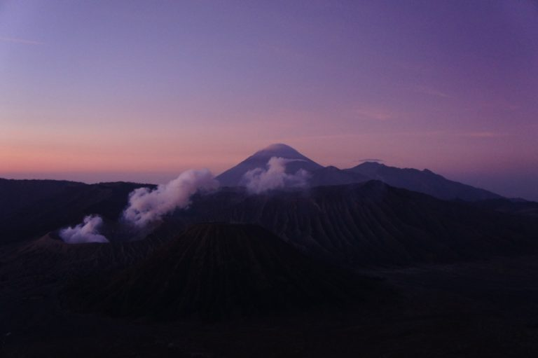 Mont Bromo au lever de soleil sans guide