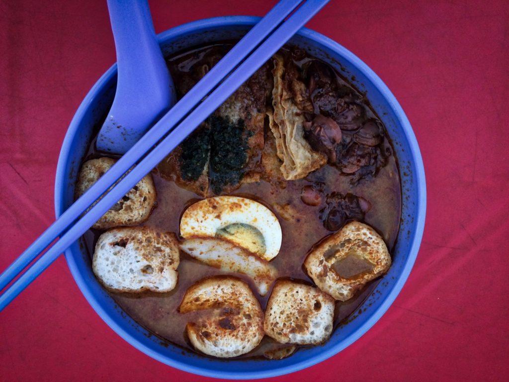 Mee Kari street-food en Malaisie
