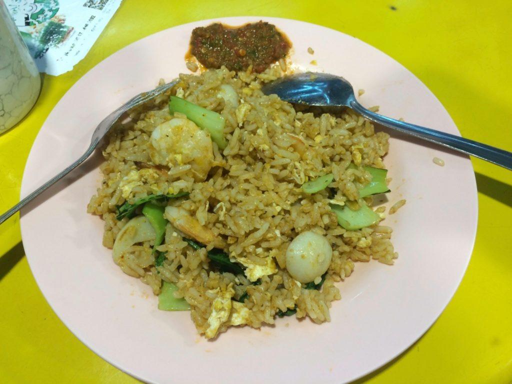 Nasi goreng street-food en Malaisie