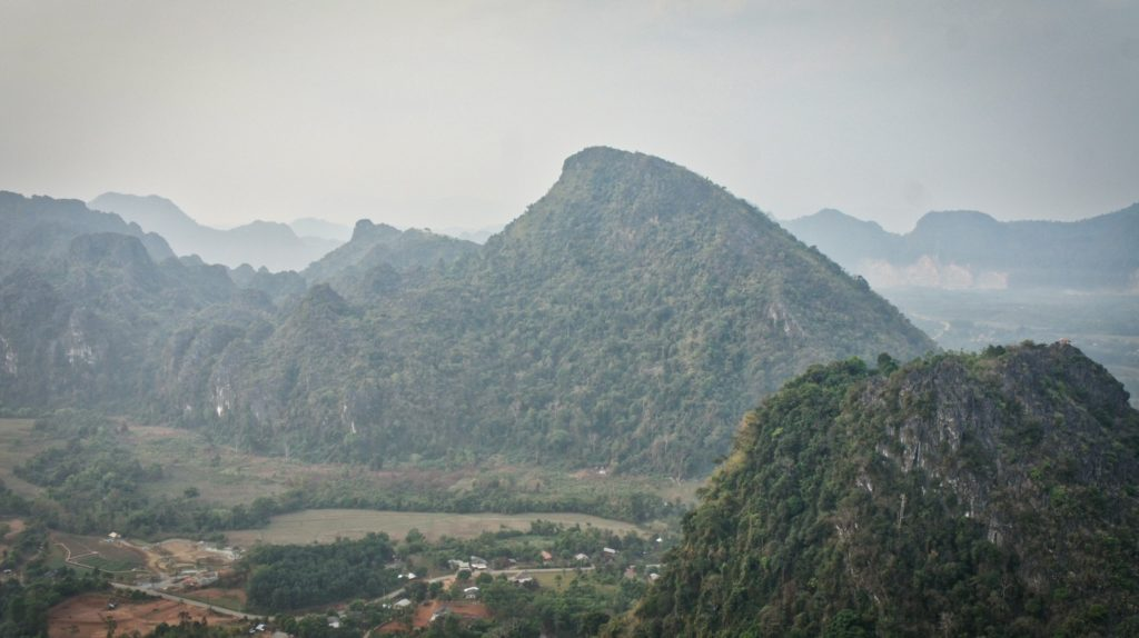 Pha Ngern view point Vang Vieng