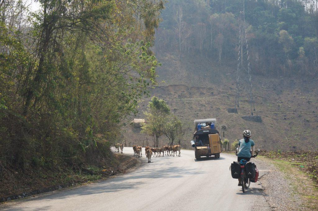laos du nord à vélo