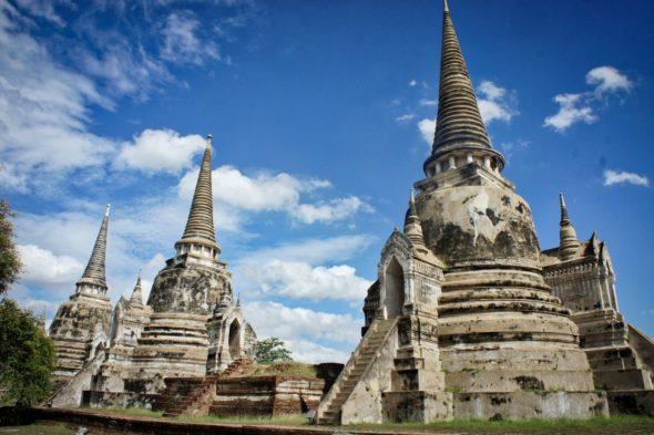 Les temples à Ayutthaya en Thaïlande