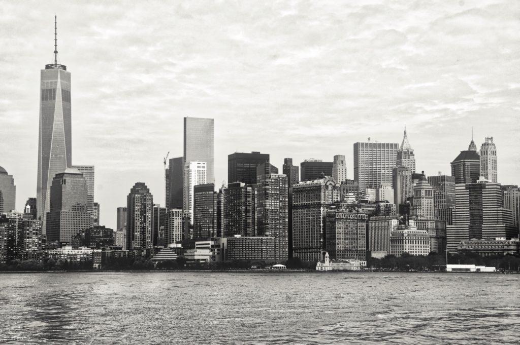 Skyline new-yorkais depuis le ferry