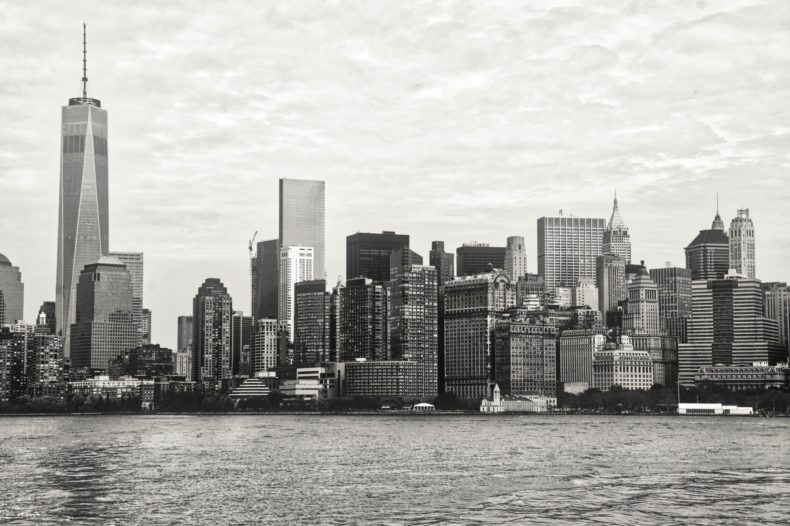 Skyline new-yorkais depuis le ferry