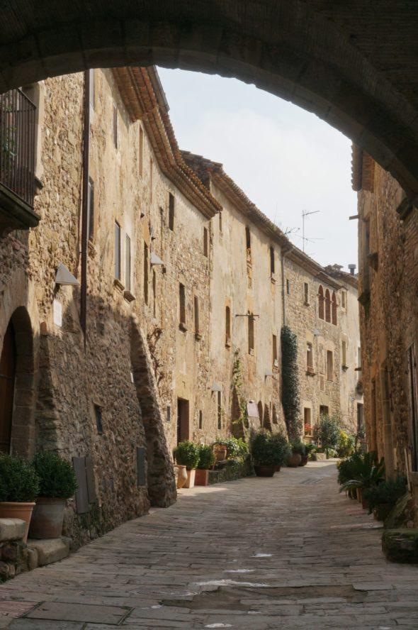 Monells sur la Costa Brava en Catalogne