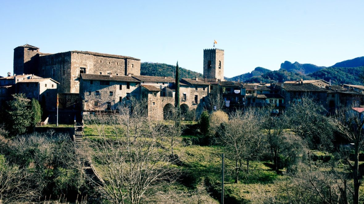 Village médiéval de Santa Pau en Catalogne