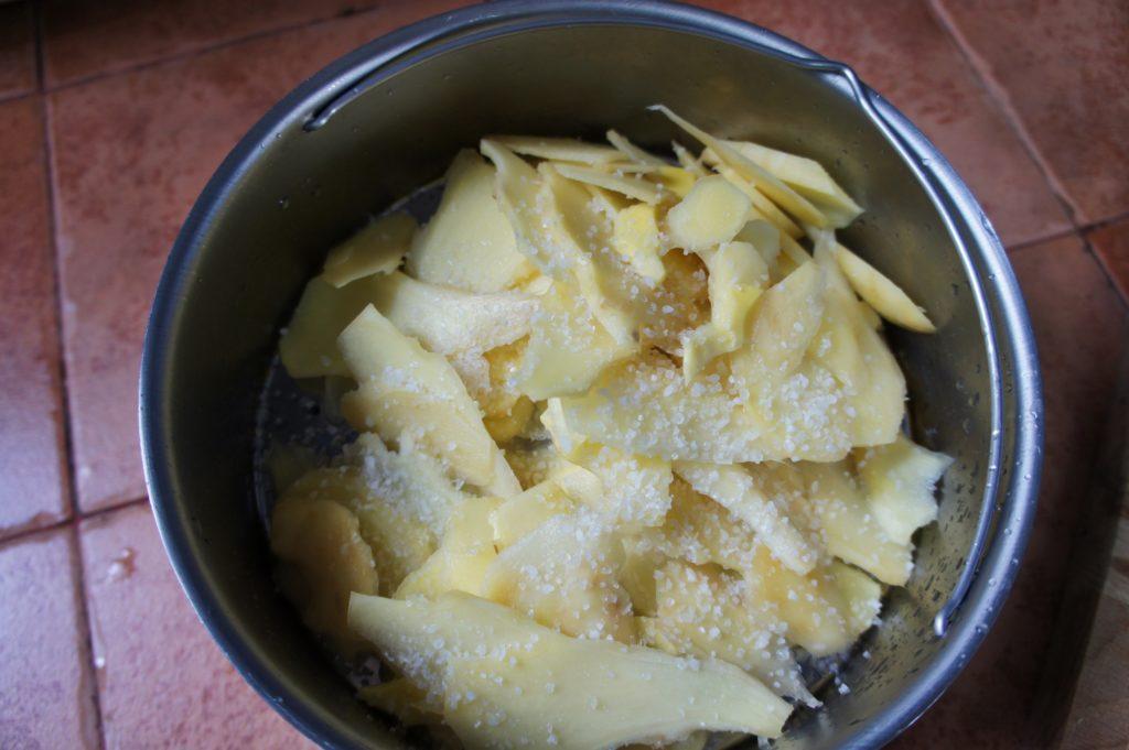 préparer le gingembre confit
