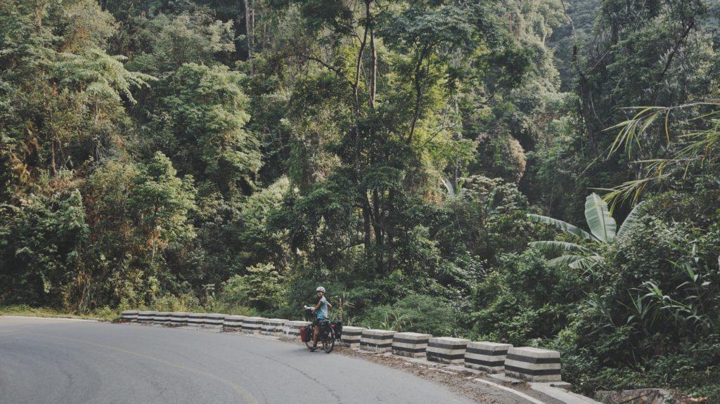 Route de Nong Khiaw à Oudomxay au Laos