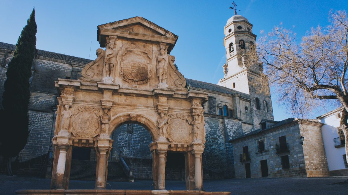 La Cathédrale de Baeza en Andalousie