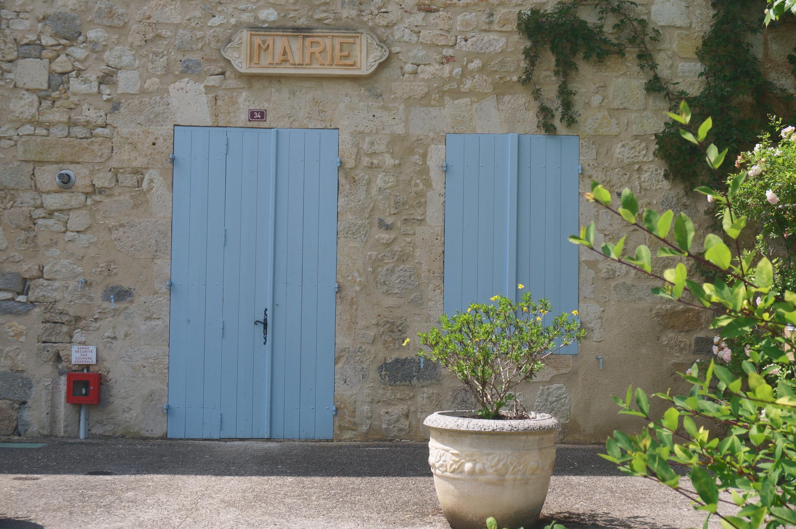 Mairie Castéra-Lecturois dans le Gers