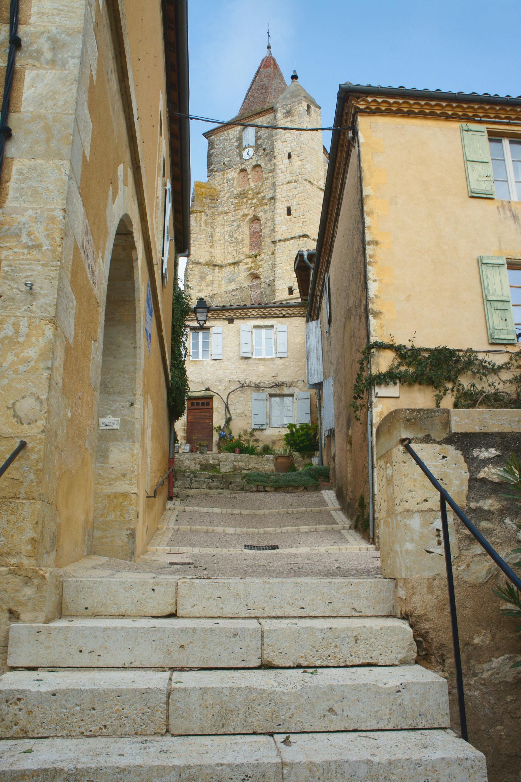 Escalier de Lavardens dans le Gers