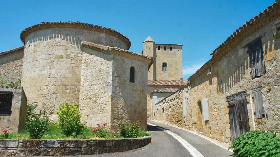 Le minuscule village de Rouillac du Gers en Lomagne-Gascogne